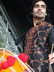 Asian performer at Birmingham's 10th Eid Mela