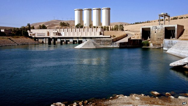 This Oct. 31, 2007 file photo, shows a general view of the dam in Mosul, 360 kilometres (225 miles) northwest of Baghdad, Iraq