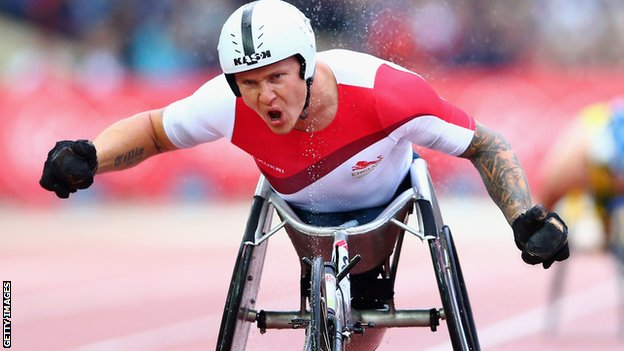 David Weir won gold for England at the Commonwealth Games