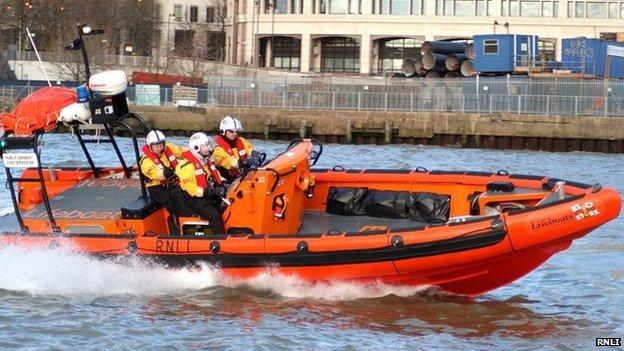 Lifeboat crew
