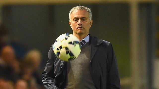 Chelsea manager Jose Mourinho praises Blues