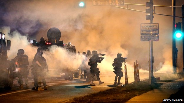 Riot police in Ferguson (18 August 2014)