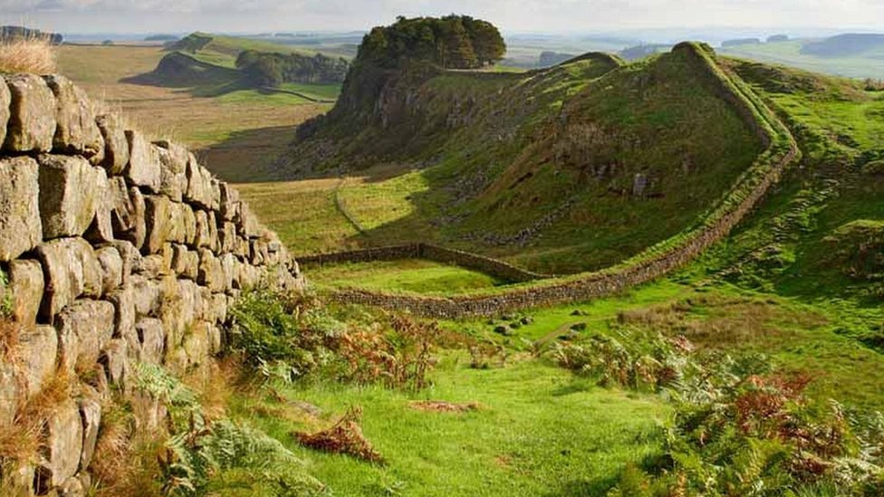 Hadrian's Wall - Housesteads crags