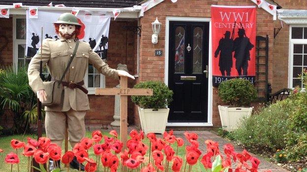 WW1 scarecrow