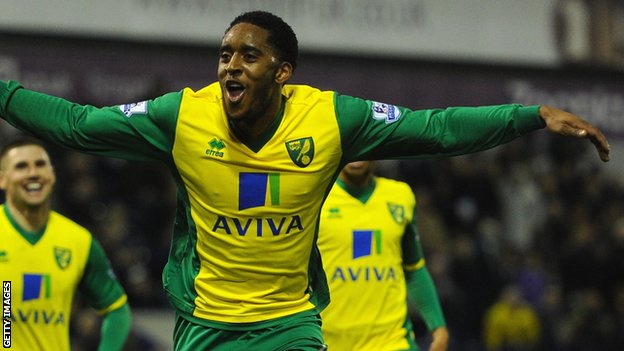 Leroy Fer celebrates scoring for Norwich City