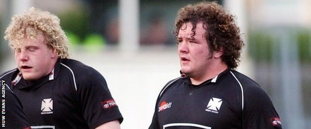 Adam Jones (right) and Duncan Jones playing for Neath in May, 2003