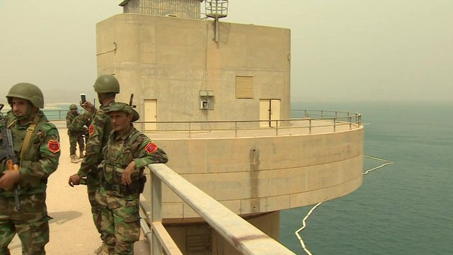 Troops at the Mosul dam