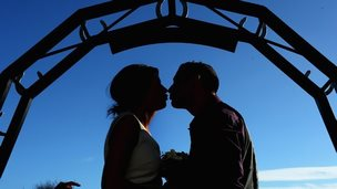 Couple kisses at Gretna Green