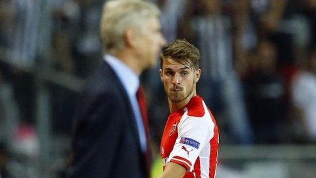 Arsene Wenger (left) and Aaron Ramsey
