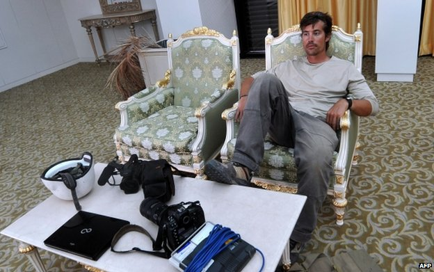 James Foley resting in a room at the airport in Sirte, Libya (file pic Sept 2011)