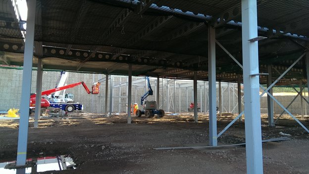 Sports hall construction