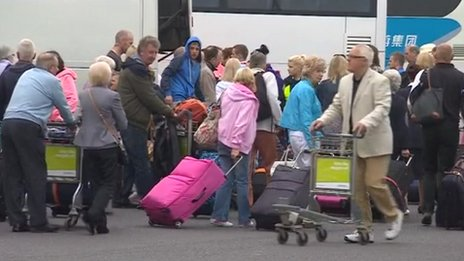 Queues at East Midlands Airport