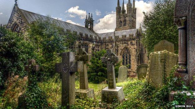 Tideswell churchyard