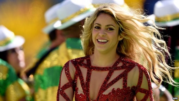 Colombian singer Shakira performs in Rio de Janeiro on July 13, 2014.