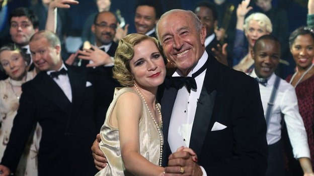 Lucy Worsley and Len Goodman dancing