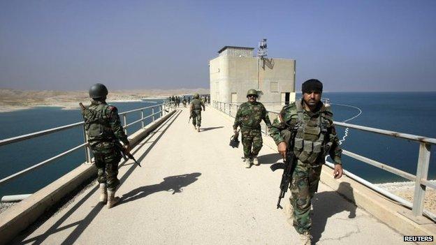 Kurdish peshmerga fighters at Mosul Dam in northern Iraq, 21 August 2014