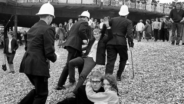 Brighton police arresting youths during fighting between Mods and Rockers