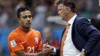 Dutch star Depay signs new PSV deal