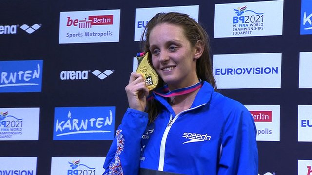 European Championships: Fran Halsall wins second swimming gold
