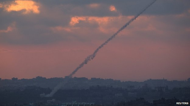 Rocket launched from Gaza toward Israel (23 August 2014)