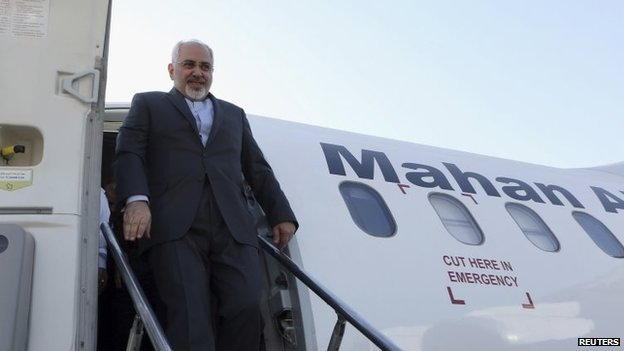 Iranian Foreign Minister Mohammad Javad Zarif arrives at the airport in Baghdad, 24 August 2014