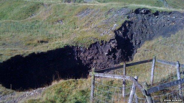 Sinkhole near Cowshill