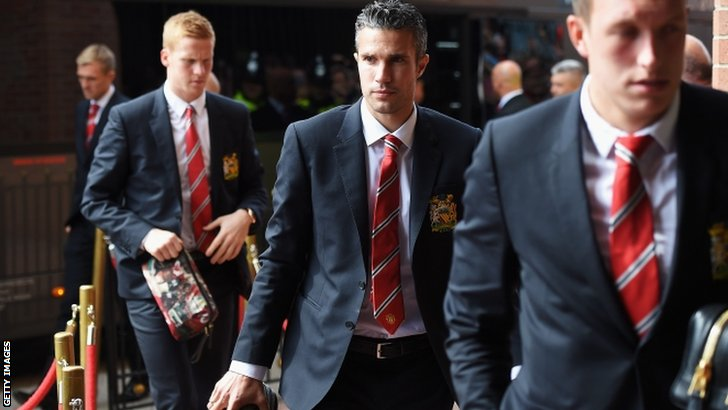 Robin van Persie of Manchester United arrives