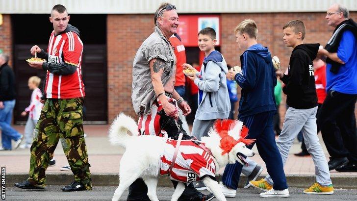Sunderland v Man Utd (16:00 BST)