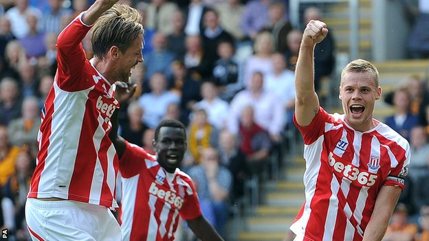 Ryan Shawcross celebrates his goal