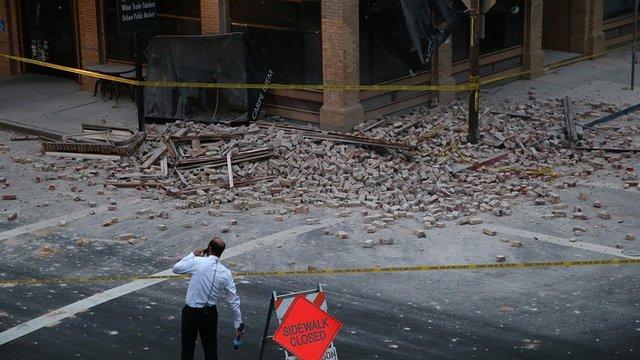 Reporter surveys damage in Napa, California