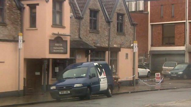 Black Swan pub in Stapleton Road