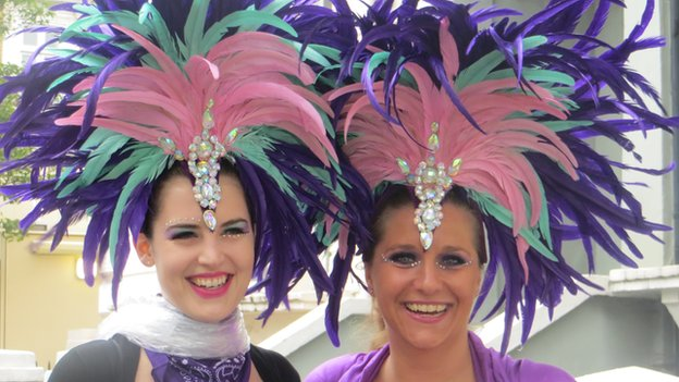 Christina Baumgartner (left) and Sabine Hess