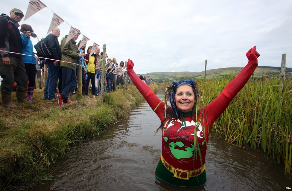 Llanwrtyd Wells bog snorkelling championships 2014 - Joanna Parker