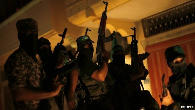 Hamas militants parade through Gaza City after the ceasefire announcement (27 August 2014)