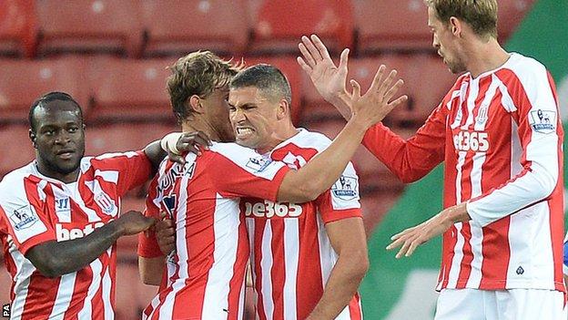 Jon Walters scores for Sunderland