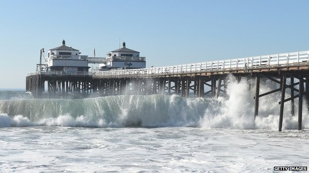 A general view of the Malibu ocean and beach atmosphere during huge swells generated by hurricane Marie Reach on August 27, 2014 in Malibu, California
