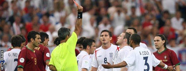 Wayne Rooney receives red card