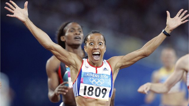 Kelly Holmes celebrates after winning 800m gold at the 2004 Olympics
