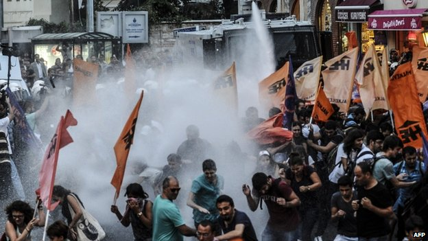 Anti-Erdogan protest in Istanbul. 28 Aug 2014