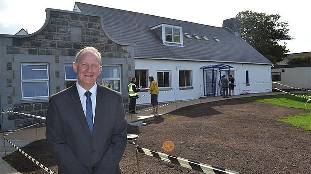 Gary Hinds, head teacher of Vale Primary School