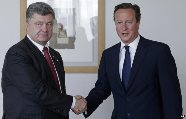 Petro Poroshenko meets David Cameron in Brussels ahead of the summit