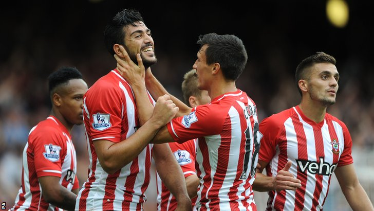 Graziano Pelle score's Southampton's third goal