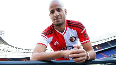 Karim El Ahmadi celebrates his return to Feyenoord