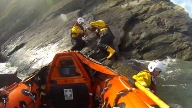 RNLI crew rescue Sprig