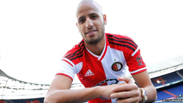 Karim El Ahmadi celebrates his return to Feyenoord