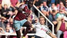 Mohamed Diame playing for West Ham against Tottenham
