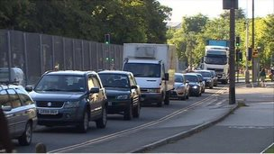 Traffic in North Road, Cardiff