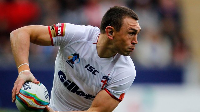 Leeds Rhinos and England captain Kevin Sinfield has announced his retirement from international Rugby League.