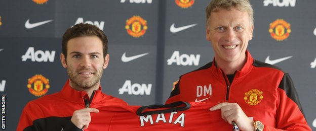 Juan Mata signs for Manchester United