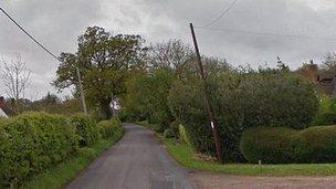 Grubwood Lane in Cookham Dean